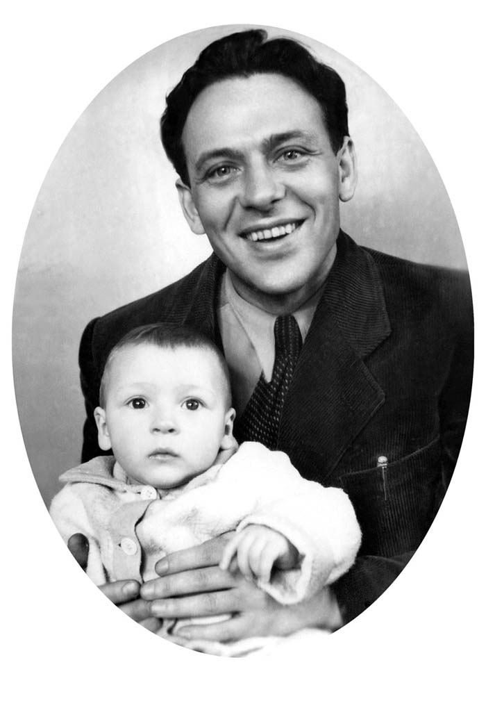 Petr Shelokhonov with son Steve, Leningrad, 1956